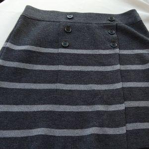 Ann Taylor perfect skirt acrylic wool blend M
